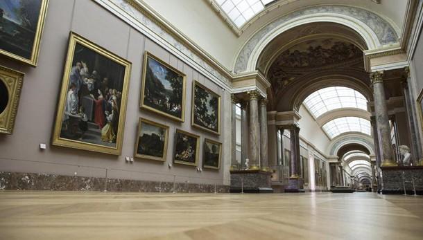 Maltempo: Louvre evacua opere a rischio