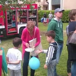 Genitori insieme per rifare il parco  Il sindaco di Introbio: «Comunità vera»