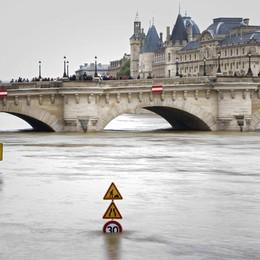 Francia: Royal, allarme per la Normandia