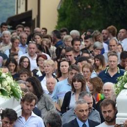 Monte Marenzo, folla per l'addio  ai giovanissimi Davide e Luca
