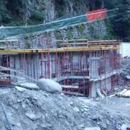 Centrale idroelettrica sul torrente Il Comune decide di non decidere