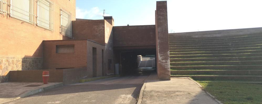 La società non paga, salta il contratto  Parcheggi gratuiti in centro a Merate