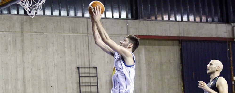 Basket Lecco   costretto a vincere