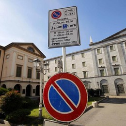Nuova Ztl a Lecco? È  sempre lo stesso caos