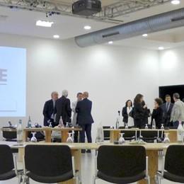 Fusione delle Camere di commercio  Lecco soffia a Como il commissario