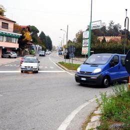 A Lomagna arrivano i migranti  La minoranza: «È un blitz»
