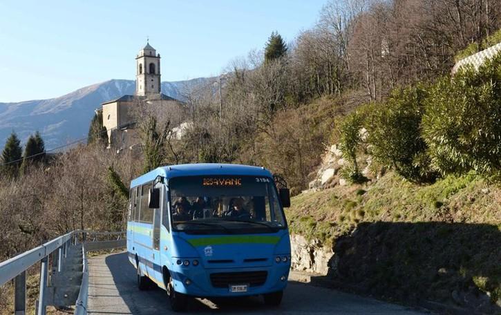 Rissa sull'autobus , lettera in Prefettura  «Non è la prima volta, poca tolleranza»
