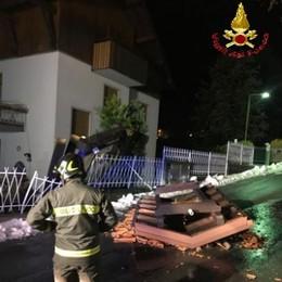 Crolli e frane per il maltempo  Pompieri a Bellano e Pagnona