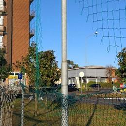 Barzago,  vandali sul campo da calcio  «Ora lo chiudiamo»
