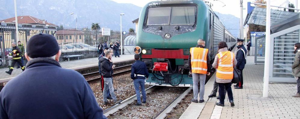 Non ce l'ha fatta il ragazzo  travolto dal treno a Mandello
