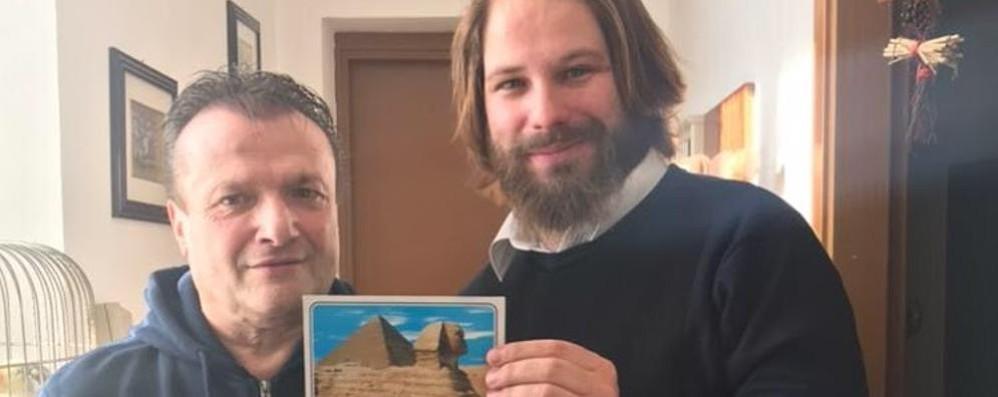 Santa Maria Hoé, caccia al Giunness   L'appello: «Aiutatemi per le cartoline»