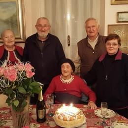 Festa a Mandello  Per i 107 anni di Giuseppina