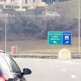 Lugano, incidente in autostrada Caos sulla cantonale da Chiasso