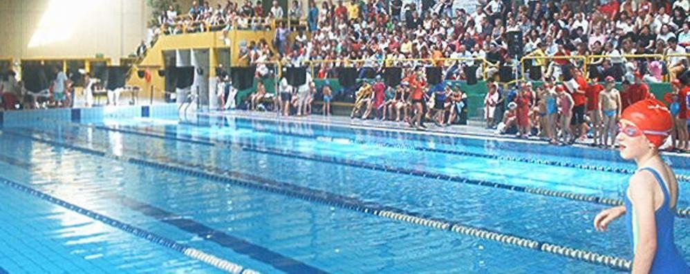 Bufera sulla piscina di Barzanò  Chiesti danni per mezzo milione