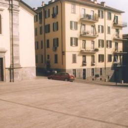 Oggiono, ladri a casa di don Giuseppe  Fuggono con 600 euro e vestiti