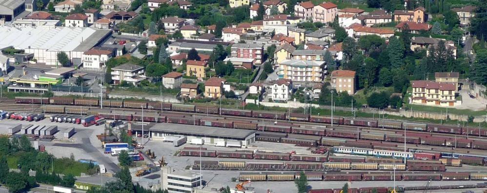 Dallo scalo di Lecco  le rotaie inglesi vanno in tutt'Italia