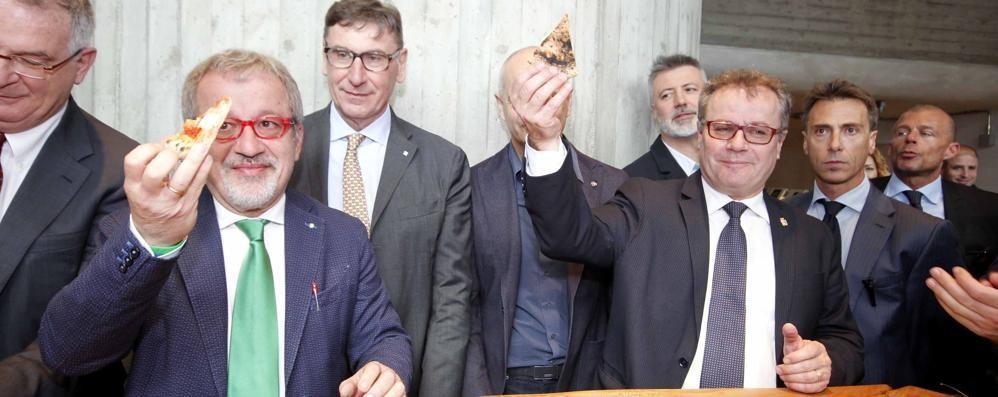 «Sbocciato il fiore della legalità»  Riaperta la pizzeria Wall Street