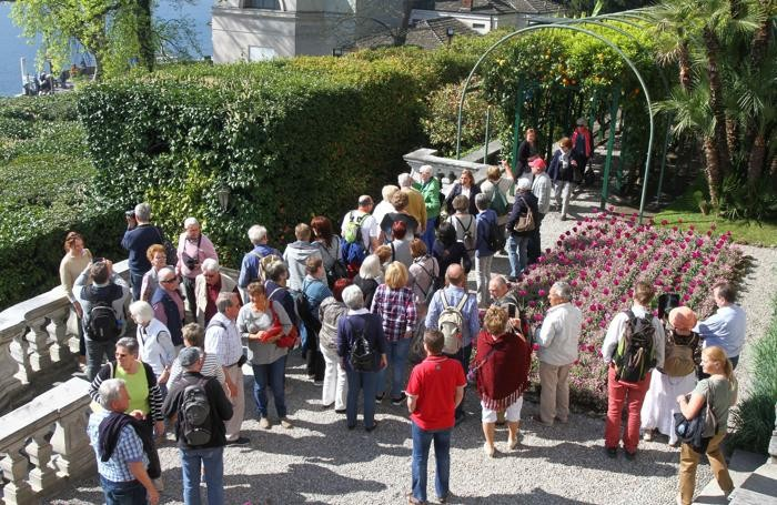 Tremezzo visita alle camelie Villa Carlotta
