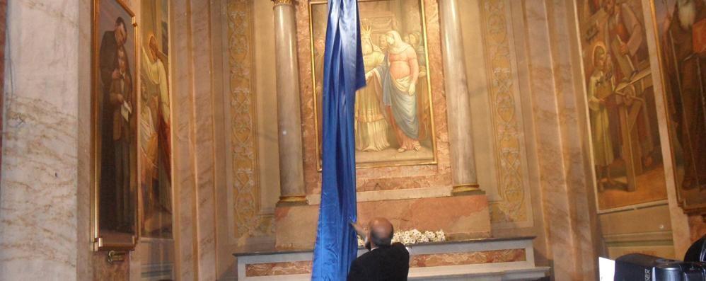 """Splende """"Lo sposalizio della Vergine""""  Corteo nuziale a Oggiono per l'affresco"""