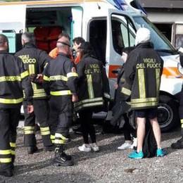 Eupilio e Nesso, si ribaltano con il trattore  Due uomini  finiscono all'ospedale