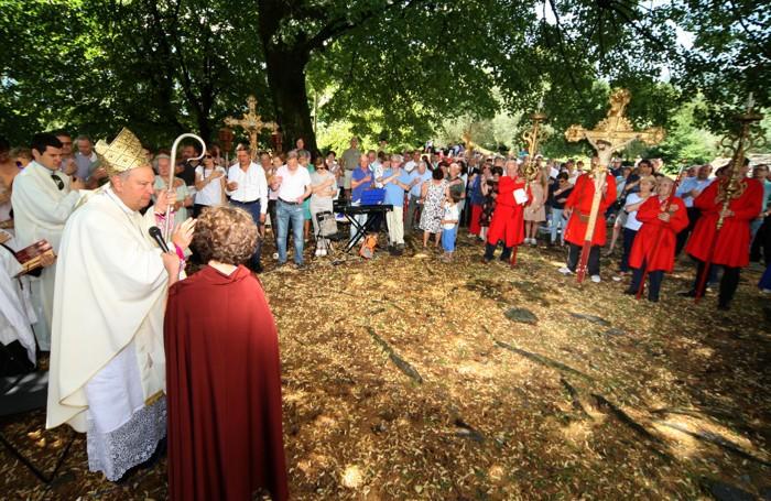 Ossuccio sagra isola 2017 processione e messa sull'isola