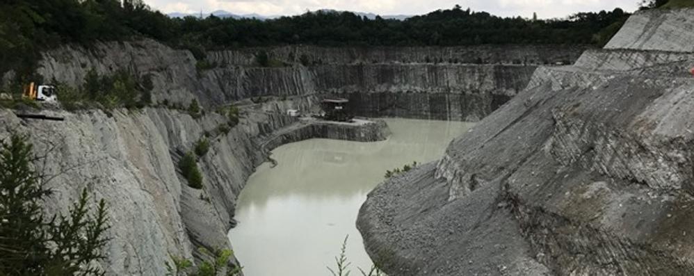 Storico accordo per l'ex miniera Brenno  C'è la firma per la vasca di laminazione