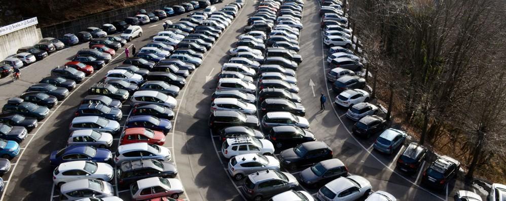 I parcheggi non bastano  Nuovi posti per i bus