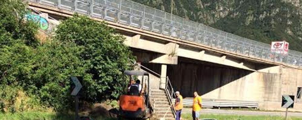 Civate, percorso pedonale per la stazione  La tutela dei pendolari ora è più vicina