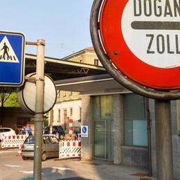 Il Ticino cresce con i frontalieri  Ma i salari medi restano al palo