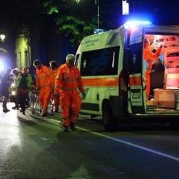 Scontro tra auto e moto a Merate  Tre persone finiscono in ospedale