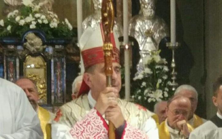 Folla al Santuario, Imbersago accoglie  L'arcivescovo Mario Delpini