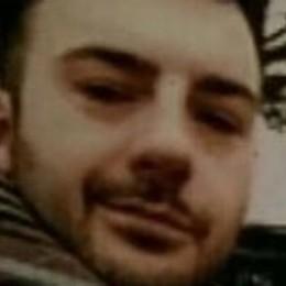 Olginate, giovane padre  ucciso in casa da un infarto