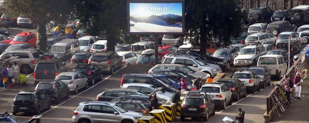 """Parcheggi e viabilità """"ostaggi"""" dei turisti  «Le soluzioni ci sono, i soldi invece no»"""