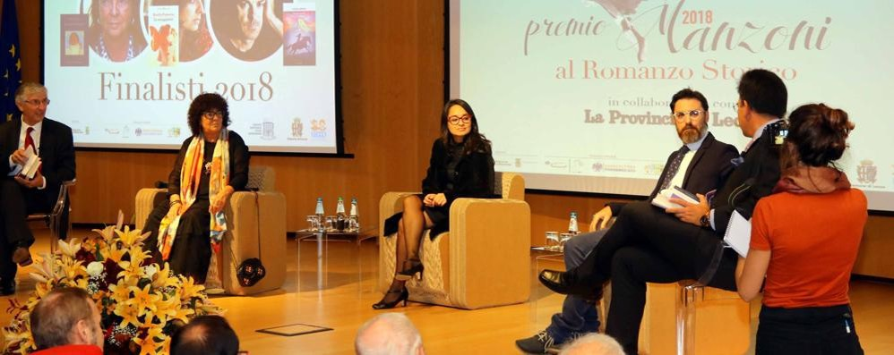 Premio Manzoni  vince Maria Attanasio