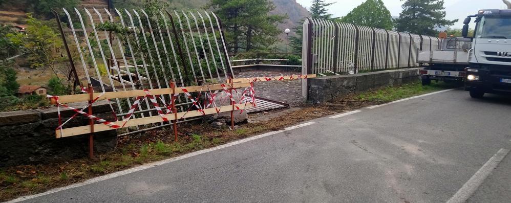 Dorio, sasso caduto lungo la provinciale  Due donne ferite nell'incidente