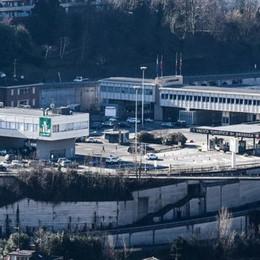 Giubbotti taroccati per Napoli  Maxi sequestro della Guardia di finanza