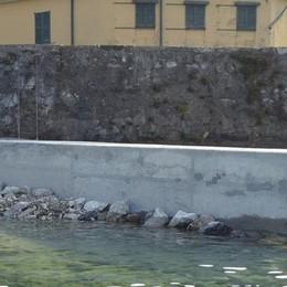 Mandello, blocco di cemento per approdo  «L'Autorità di bacino ha sbagliato»
