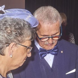 Mandello, l'amore non ha età  Giovanni e Raffaella sposi senza tempo