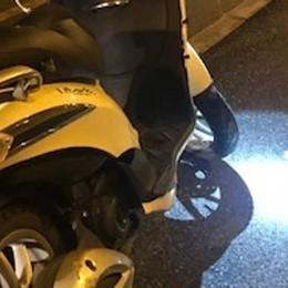 Lecco, scooterista finisce fuori strada  Trovato sull'asfalto, è gravissimo