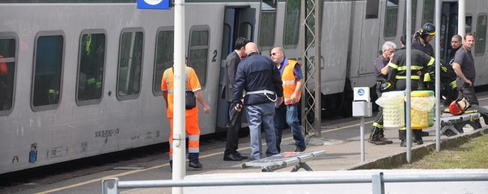 Morto bloccato dalle porte del treno Il macchinista patteggia 14 mesi