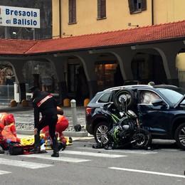 Scontro auto moto a Balisio   Lo zio muore, il nipote è gravissimo