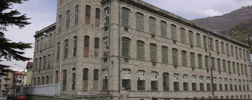 Albergo e centro congressi  dentro il vecchio cotonificio