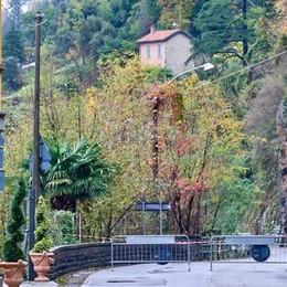 Frana a Bellano, la provinciale  chiusa fino a nuovo ordine