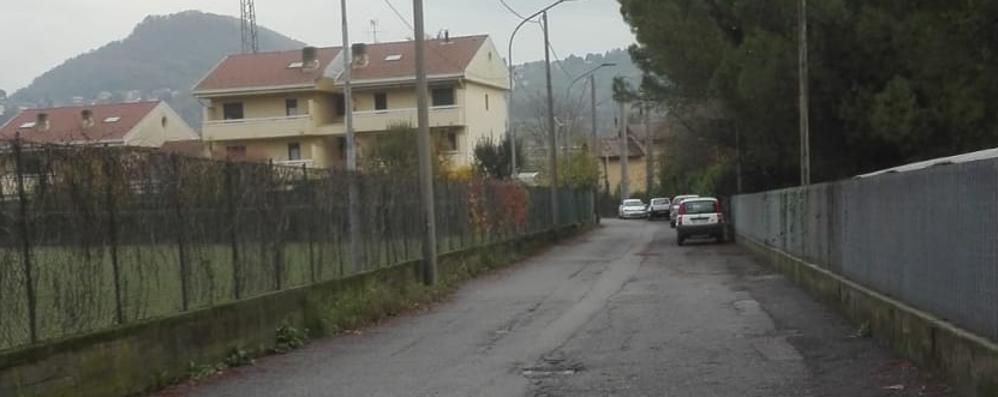 Calolzio, vandalismi e furto di un auto  Brutta sorpresa in via Archimede