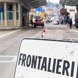 Prende la multa e si sfoga sul web (video)  Lavoratrice frontaliera licenziata