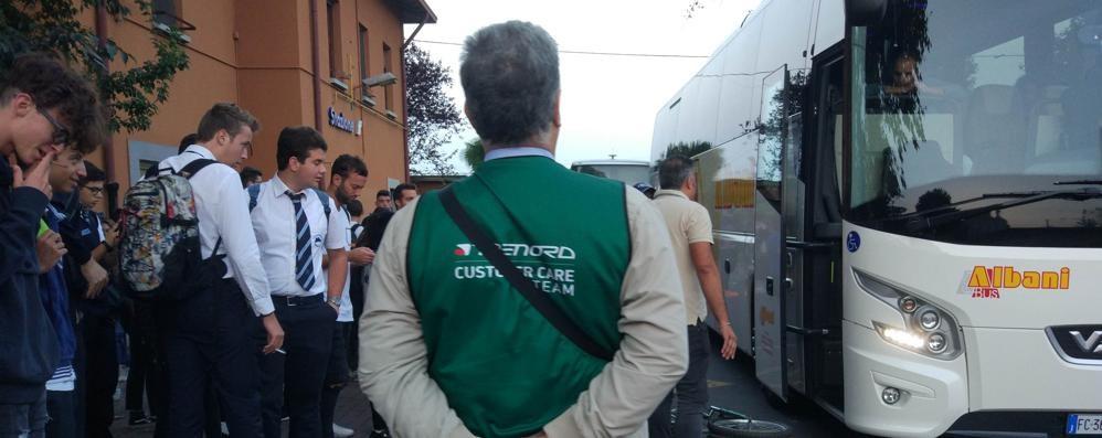 Caos sulla tratta Milano - Bergamo  «Dal 2019 un nuovo servizio navette»
