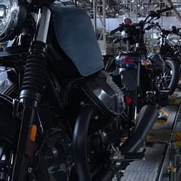 La Moto Guzzi assume   I nuovi modelli corrono