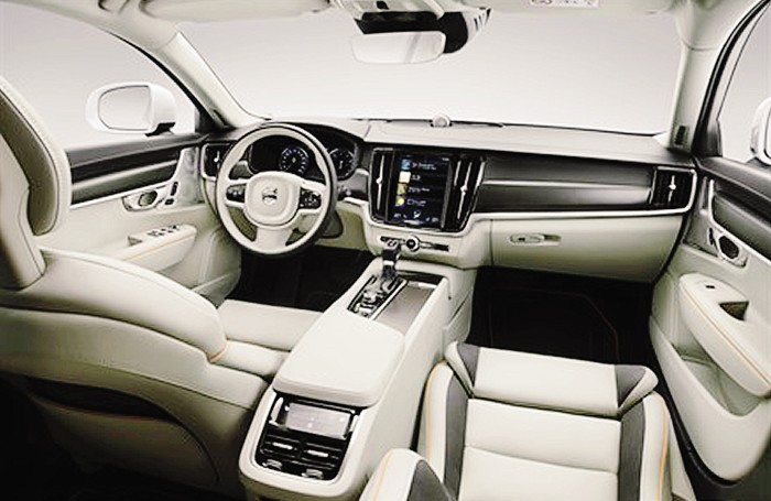 Volvo XC40 - Gli interni. Eleganza e grande abitabilità