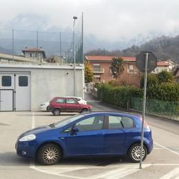 Ladri scatenati a Luzzeno e Rongio  Razziate le auto in garage e posteggi