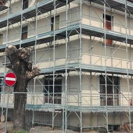 Mobilitazione antimigranti a Calolzio  Il prefetto: «Nessun profugo è arrivo»